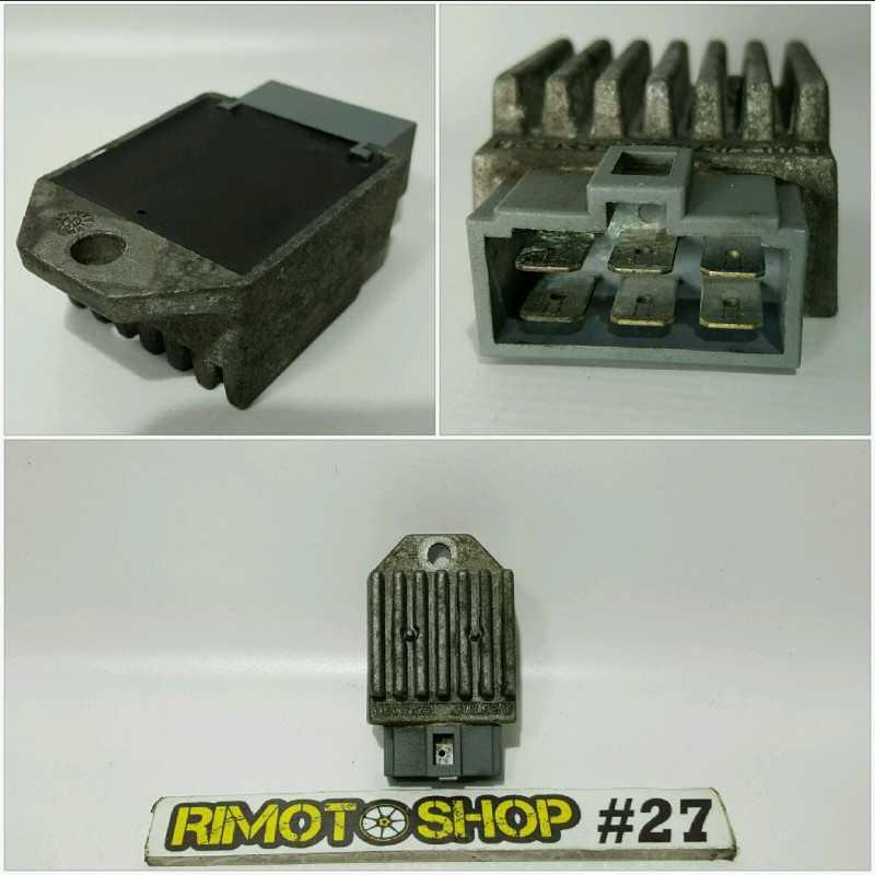 06 2010 APRILIA RS50 regolatore di tensione voltage