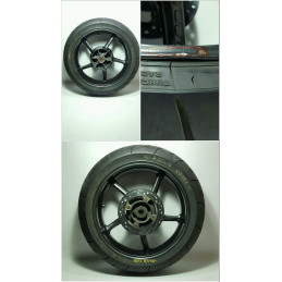 2007 2011 TRIUMPH STREET TRIPLE 675 rear wheel rim