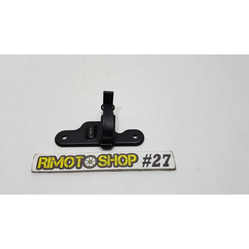11 16 KTM DUKE 125 supporto-AL4-2922.1F-KTM