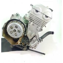 05 09 Kawasaki ER 6N moteur